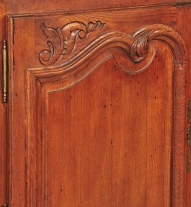 Sidedoor detail, antique oak Country French buffet