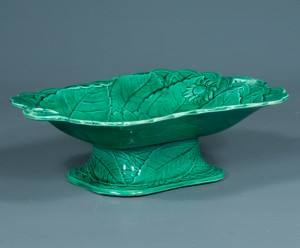 antique green wedgwood majolica compote c. 1900